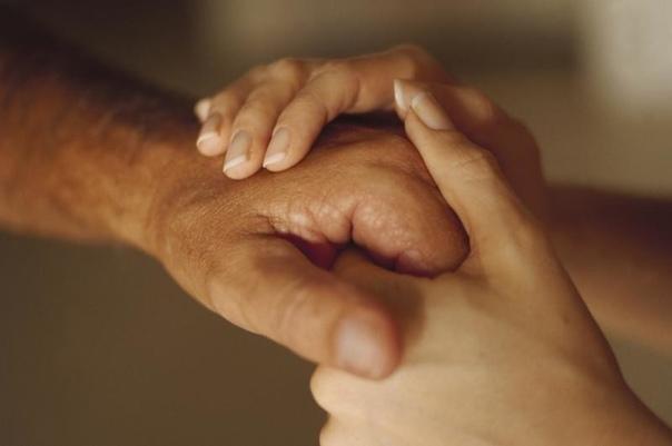 """Самый лучший подарок, который дарит нам судьба  это люди, которым мы говорим """"Спасибо, что ты есть""""."""