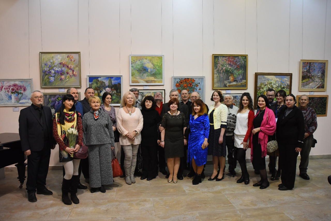 В ХМ «Арт-Донбасс» открылась выставка «Весеннее дыхание…»
