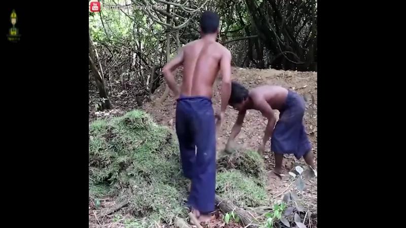 Эти ребята, меня удивляют.. ) Как построить подземный деревянный дом