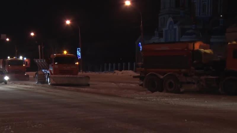 Ночью сильный ветер едва не заблокировал дороги в пригороды Ульяновска