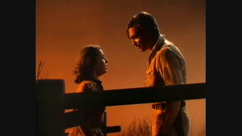 Ретт Батлер решает уйти на фронт и на прощание целует Скарлетт