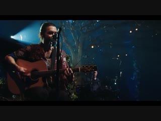 Biffy Clyro – Black Chandelier (MTV Unplugged )