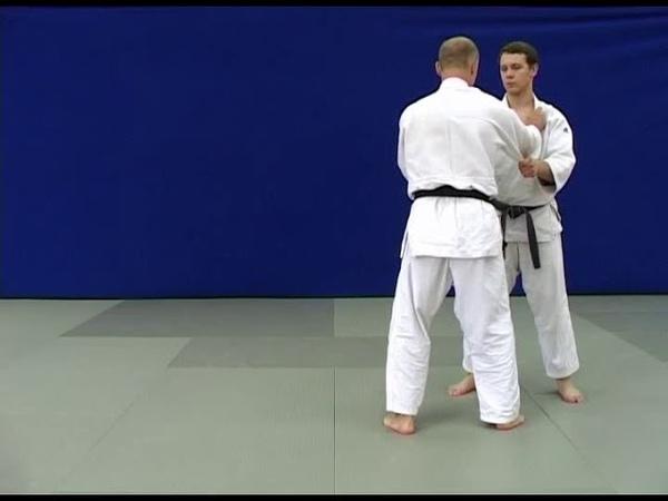 Nage waza – yoko-guruma (judo, 1 kyu).