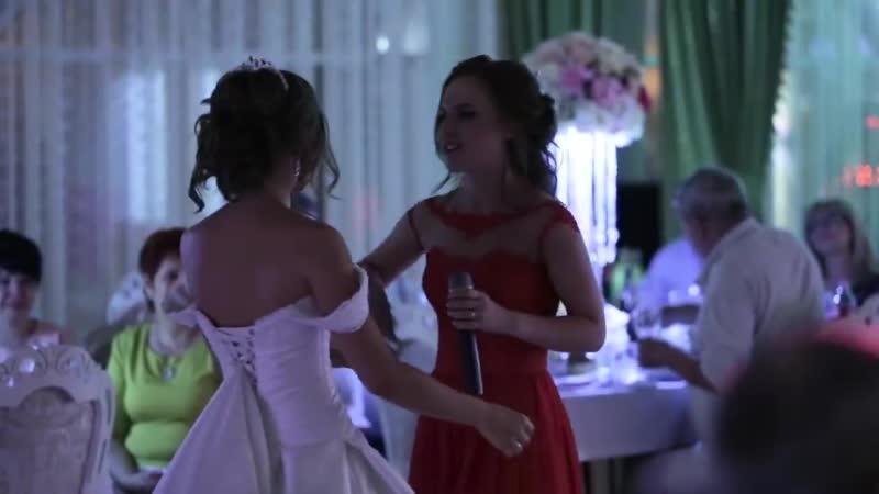 Pesnya sestre na svadbu! Plakal ves zal! (MosCatalogue.net)