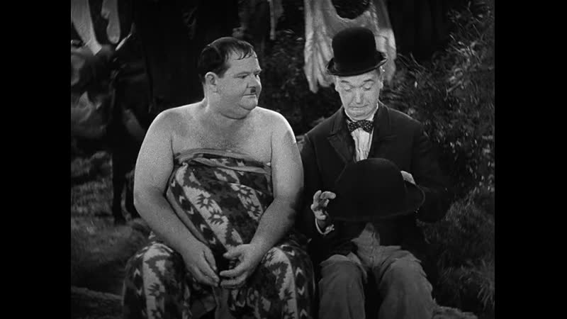 Laurel and Hardy - Way out west - 1937