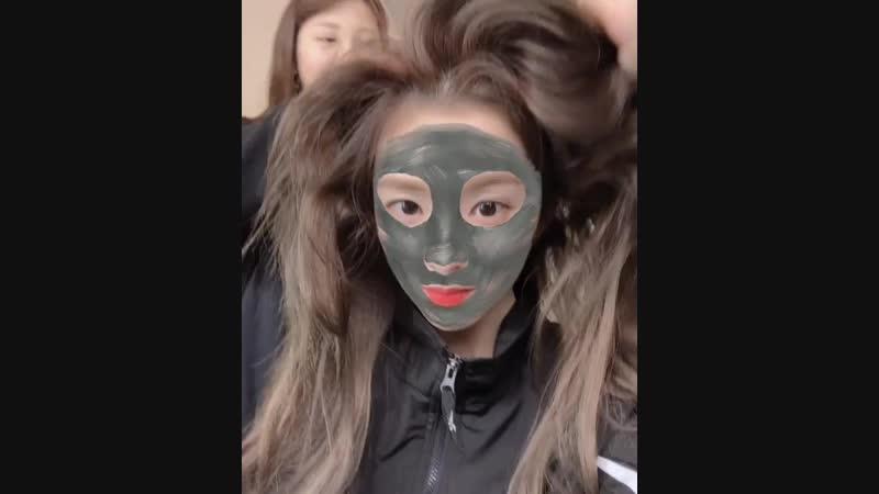 181112 Irene (Red Velvet) @ soonsoo_makeup_skm Instagram