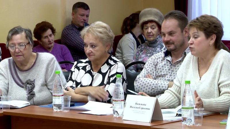 Круглый стол «Здоровое долголетие» состоялся в луховицком комплексном центре.