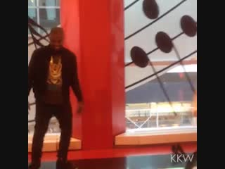 Kim Kardashian and Kanye West played the floor piano