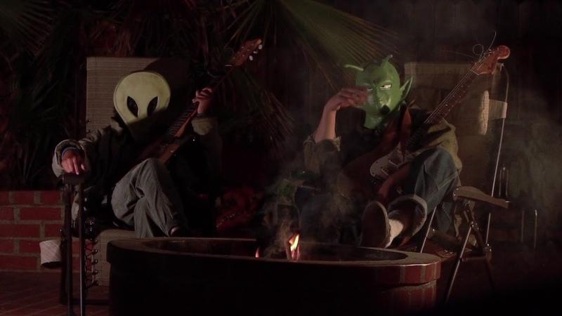 Melanie Faye - 'Eternally 12' feat. Mac DeMarco [Official Music Video]