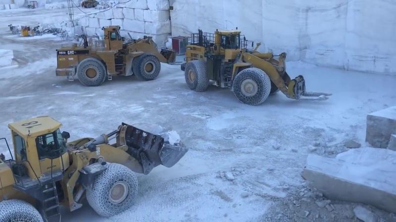 Huge Wheel Loaders Working In the Biggest Marble Quarry In Europe - Birros Marbl