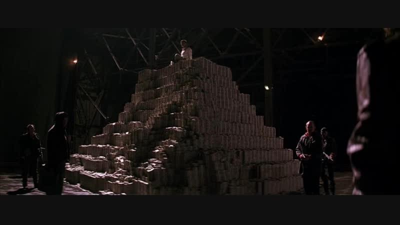 Джокер сжигает деньги - Тёмный рыцарь (2008)