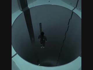 Фридайвинг в бассейне Y-40