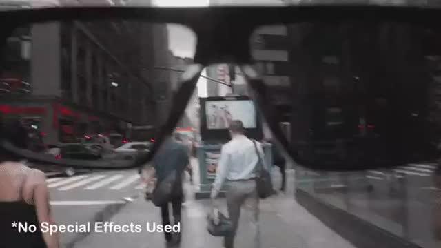 В 1988 году вышел фильм «Они живут», где главный герой находит коробку с очками и берёт себе одну пару. Когда он идёт в них по у