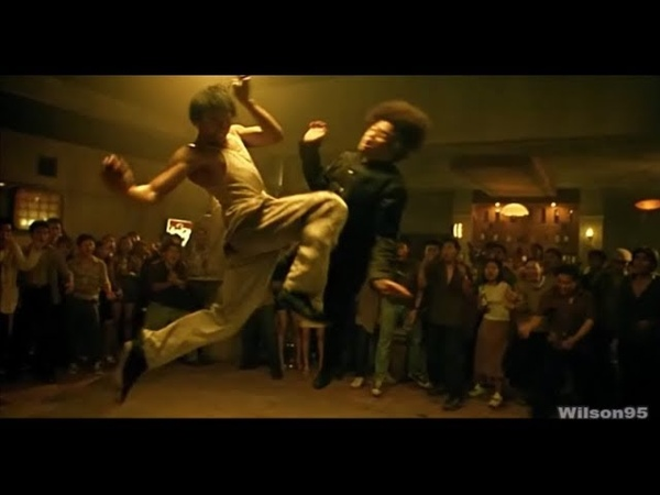 Tony Jaa - Flying Kicks