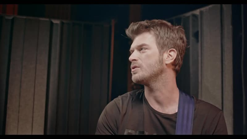 Kıvanç'ın MaviYaz Gitar Performansı Backstage