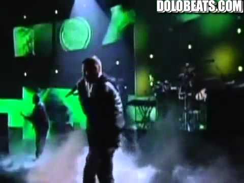 Grammy Awards 2011 - Eminem, Rihanna, Love The Way You Lie Dr. Dre, I Need A Doctor