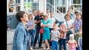 В Спутнике десятки человек одновременно отметили новоселье