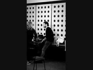 Бен преподаёт драму в Лондоне/3