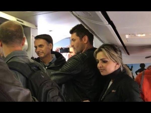 Bolsonaro é OVACIONADO no Air France