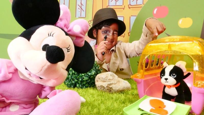 Oyuncak Minnie Mouse kaybettiği kurabiyeleri ipuçları ile buluyoruz