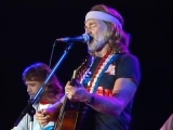 Willie Nelson - Stay A Little Longer Live At Farm Aid (1985)