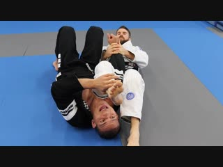 Powerful Armbar Escape for White Belts with Mahamed Aly