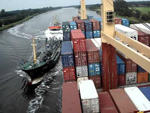 Herm Kiepe collision with tanker Jana 2011 in Kiel Canal