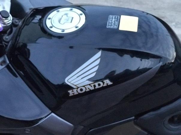 Мото обзор : Honda CBR 1000 F , 1996 года выпуска. ЦЕНА : 165 тыс.