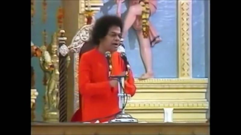 Sathya Sai Baba Singing - Sathyam Gnanam Anantham Brahma