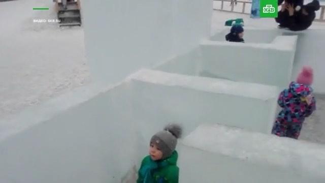 НТВ on Instagram На юге Сахалина построили ледяной лабиринт из которого нельзя выйти Войти в него просто так тоже нельзя И это совершенно не с