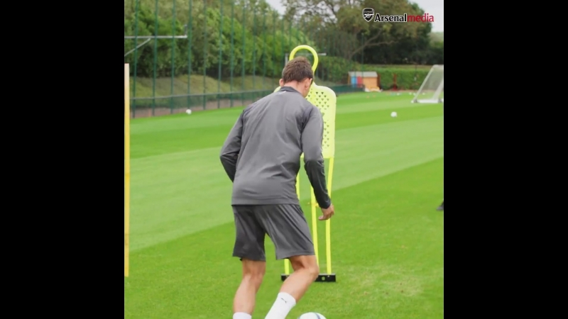 Arsenal - THE GRAFT CONTINUES Laurent Koscielny in training