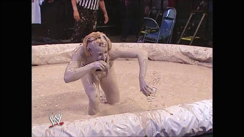 Trish Stratus vs Stacy Keibler Bra Panties Mud Match Raw 08.19.2002 (HD)