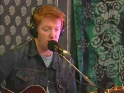 Queens of the Stone Age acoustic @ AOL 2002