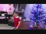 2019г. Семейный новогодний концерт. Миша Светлов танцует под финскую мелодию