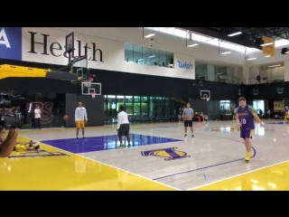 This video is not edited. this kid is an amazing shooter. cameo by lebron toward the end.