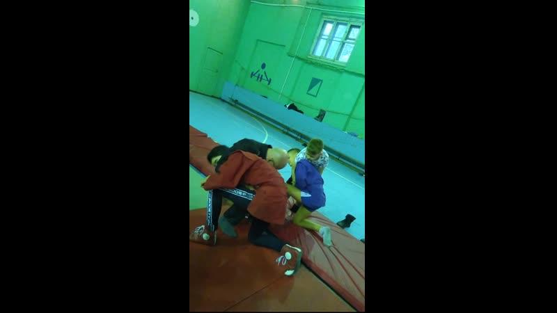 Уроки самбо - Бросок через голову с захватом шеи и туловища снизу 19 марта 2019