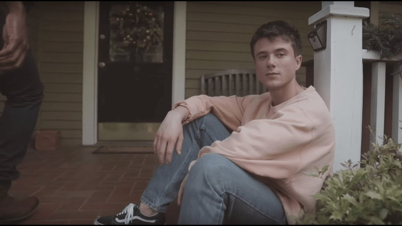 Alec Benjamin - Let Me Down Slowly [Official Music Video]