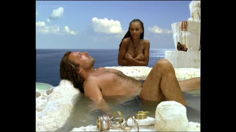 Ванесса Уильямс (Vanessa Williams) в фильме Одиссей (Одиссея, The Odyssey, 1997) Голая? Обнажённая!