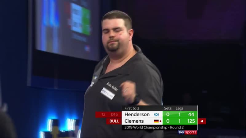 2019 PDC WORLD CHAMPIONSHIP | 125 CHECKOUT FROM CLEMENS VIA TWO BULLSEYE