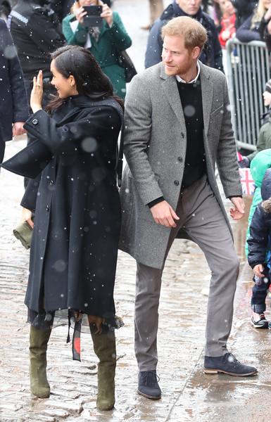 Меган Маркл и принц Гарри приехали в Бристоль Череда официальных выходов беременной Меган Маркл в свет сегодня продолжилась. Вместе с 34-летним принцем Гарри 37-летняя герцогиня Сассекская