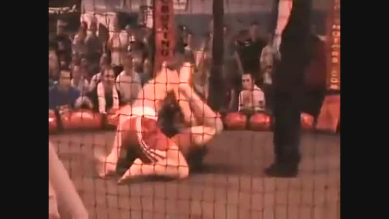 Первое поражение Конора Макгрегора в мма. McGregor vs Artemij Sitenkov