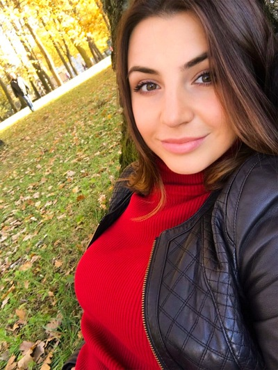 Аня Шмалько