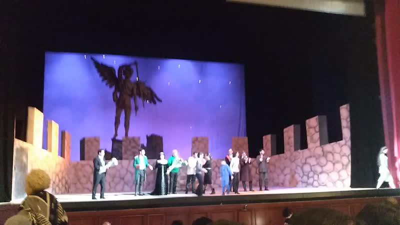 Большо́й теа́тр Респу́блики Узбекиста́н имени Алише́ра Навои́ театр оперы и балета в Ташкенте Тоска Пуччини Премьерный вы