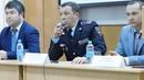 Руководитель ГИБДД Динар Гильмутдинов в БАГСУ общается со студентами