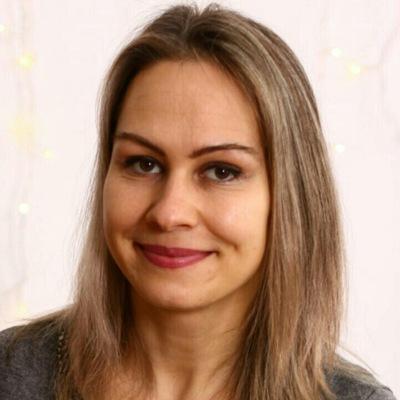 Елена Меркаба