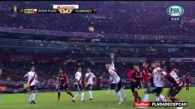 Pênalti claríssimo não marcado pro Flamengo