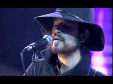 Devendra Banhart performs Bad Girl on De La Semaine
