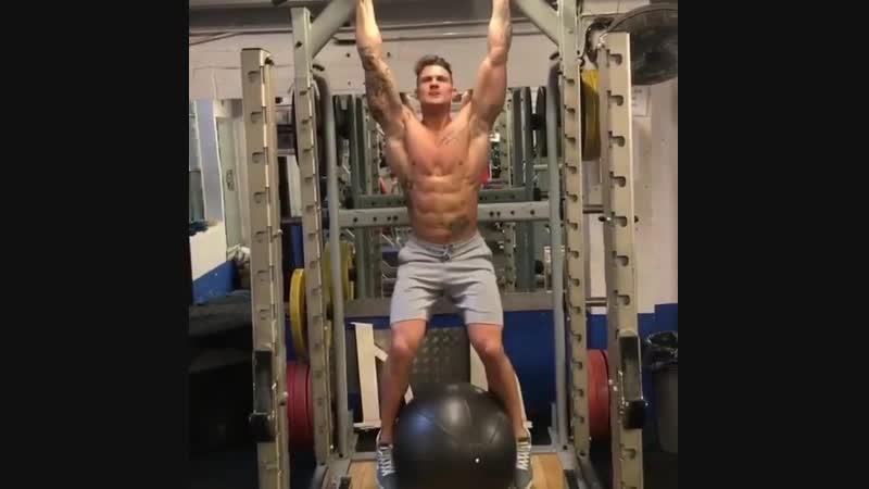 Тренируем мышцы кора