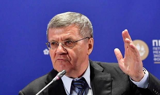 Юрий Чайка попросил правительство в два раза повысить зарплату прокуроров