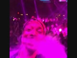 Snoop Dogg флексит под Lil Jon - Snap Yo Fingers